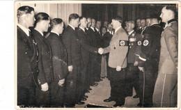 """Propaganda Karte  """" Adolf Hitler """", Begrüsst Leute, Foto Hoffmann - Weltkrieg 1939-45"""