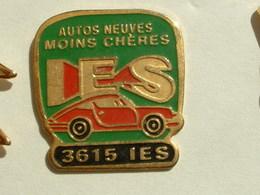Pin's PORSCHE - AUTOS NEUVES MOIN CHERES IES - Porsche