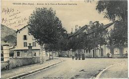 ~  BS  ~  05  ~    VEYNES  ~     Avenue De La Gare   Et Boulevard  Gambetta     ~ - Frankreich