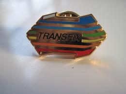 Pins TRANSFIX  TBE - Merken