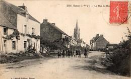 Renac  35   Le Bas Du Bourg Tres Tres Animé_l'Eglise - Other Municipalities