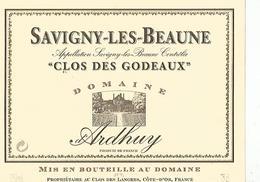 Etiquette Savigny Les Beaune Clos Des Godeaux - Bourgogne