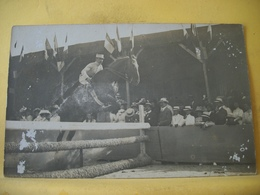 L13 208 RARE CPA PHOTO - CONCOURS DE SAUT D'OBSTACLE. EDITEUR : MARPO RUE GAMBETTA ROYAN - BELLE ANIMATION - Horse Show