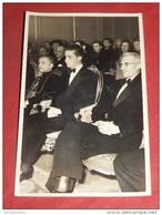 """BRUXELLES  -  Le Prince Albert De Liège En Visite Au """" Cercle Royal Gaulois Artistique Et Littéraire """" Le 10-03-1953 - Familles Royales"""