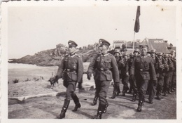 3 Original Fotos Von Deutschen Soldaten In Rothéneuf - Guerre, Militaire