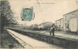 VICQ - Rue Du Bureau De Poste (carte Vendue En L'état) - France
