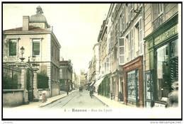 BELLE CPA DE ROANNE   (42) - LA RUE  DU LYCEE  - Bb-867 - Roanne