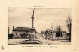 03- VARENNES SUR ALLIER -STATUE DE LA REPUBLIQUE - Autres Communes