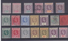 PETITE COLLECTION  Du  NIGERIA - NEUFS Avec Charnière + 2 Obl; - Nigeria (...-1960)