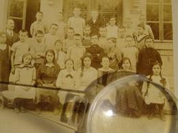 PHOTO DE CLASSE   GENEVE  SUISSE   MAURER Photo Rue De CAROUGE - Personnes Anonymes