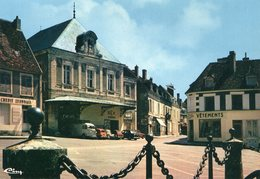 58 - VARZY - Place Du Marché - Francia