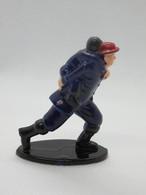 172 - Pompier - Sauvetage D'un Enfant - En Action - Figurines