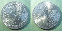 ETATS DE L'AFRIQUE CENTRALE 500 Francs 1977 D (Gabon) .......absolument SUP - Gabón