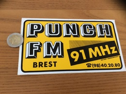AUTOCOLLANT, Sticker «PUNCH FM - 91 MHZ » (radio BREST 29) - Autocollants