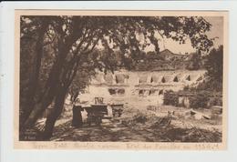 LYON - RHONE - RUINES ROMAINES - FOUILLES DE 1934 - LES GRADINS ADOSSES A LA COLLINE - SOEUR ET WAGONNET CHEMIN DE FER - Autres
