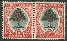 South Africa - 1951 Orange Tree 6d  Bilingual Pair  MH *    SG 119a  Sc 61 - Unused Stamps