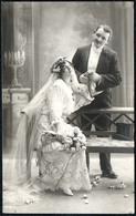 C6107 - Hübsche Junge Frau Im Kleid Mit Schleier - Mode - Erotik - Pretty Young Women Man - Paare