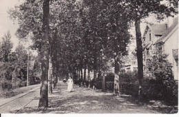 2771186Bussum, Lambertus  Hortensiuslaan Bij 't Kinderhuis L.D.H. (zie Hoeken) - Bussum