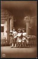 B5051 - TOP 3 Hübsche Kleine Mädchen Im Kleid - Pretty Young Girl - Fotografie