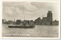 9Dp-793: DORDRECHT, Gezicht Op De Grote Kerk + Boot: NOORD.. Zegzl Is Beschadigd... - Dordrecht