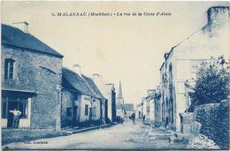 56 CPA MALANSAC LA RUE DE LA CROIX D ALAIN - Otros Municipios