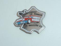 Pin's CHAMPIONNAT DE FRANCE DES RALLYES 1992 - Rallye
