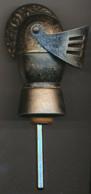 Bec Verseur-Doseur, Casque Médiéval, Moyen-age, Heaume, Métal - Autres Collections