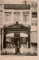 """Cpa 59 LILLE """"AU GRAND BOCK"""" Café ,Friture,Restaurant,Chambres Pour Voyageurs, Ancienne Taverne Alsacienne ,animée, Rare - Lille"""