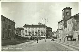 """4173 """"CHIERI-PIAZZA CAVOUR""""ANIMATA-AUTOCARRI E AUTO ANNI '30/40  CARTOLINA POSTALE ORIGINALE SPEDITA 1941 - Italia"""