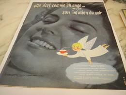 ANCIENNE PUBLICITE ELLE DORT COMME UN ANGE INFUSION DU SOIR 1958 - Posters