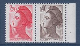 = Type Liberté De Delacroix Gandon 2.20 Rouge + 0.40 Brun Foncé N°2376b Neuf Issu Du Carnet 1501 - 1982-90 Liberty Of Gandon