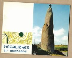 Mégalithes En Bretagne (Larmor-Baden Carnac Plouharnel Camaret Locmariaquer Erdeven Penmarc'h Commana) 1971 - Historia