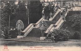 ¤¤  -  CAMBODGE   -  PHNOM-PENH   -  Escalier Monumental Conduisant à La Pagode Du Phnom   -  ¤¤ - Cambodge