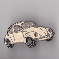PIN'S THEME AUTOMOBILE  WOLKSWAGEN  LA COCCINELLE  BLANCHE - Volkswagen