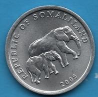 SOMALILAND 5 SHILLING 2005 KM# 19 Eléphant Et Son Bébé - Other - Africa