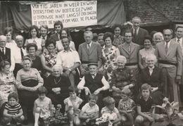 LAARNE       = FOTO 1973  +- 14 X 8 CM  = GOUDEN BRUILOFT  THEOFIEL SEG?? MARIA DE VISSCHER - Laarne