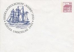 "PU 115/163**  Kieler Umschlag 1982 - Segelschulschiff ""Niobe"" 1832 - Privé Briefomslagen - Ongebruikt"
