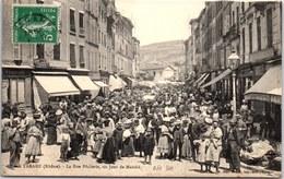 69 TARARE - La Rue Pêcherie Un Jour De Marché (belle Animation) - Tarare