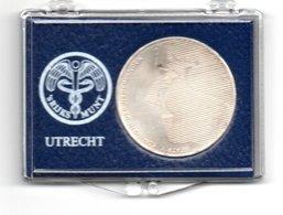 NEDERLAND 50 GULDEN 1984 ZILVER FDC WILLEM VAN ORANJE - GEVLEKT - [ 3] 1815-… : Royaume Des Pays-Bas