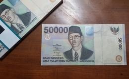 Indonesia 50,000 50000 Rupiah Violin Hologram 1999 UNC - Indonesia
