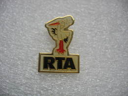Pin's RTA (Radio Télé Alsace) à Strasbourg - Mass Media