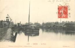 51 - REIMS - Le Port - Chargement D'une Péniche En 1908 - Reims