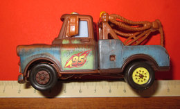 DISNEY PIXAR CARS HOOK Mater V2798 - Collectors E Strani - Tutte Marche