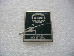 Pin's Du Challenge Brut De FABERGE, Tournoi D'escrime - Fencing