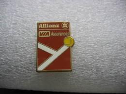 Pin's Tennis Sponsorisé Par ALLIANZ Et VIA Assurances - Tennis