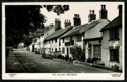 Ref 1299 - 1960 Postcard - Car Outside The Admiral Rodney - Prestbury Village Cheshire - Other