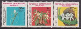 Madagascar 1982 Fiori Flowers Piante Flora Plants Nature MNH - Flora