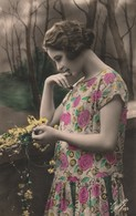 Cartolina - Postcard /  Viaggiata - Sent /  Donnina. - Donne