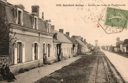 GUECELARD ( Sarthe ) - Entrée Par La Route De Foulletourte - Autres Communes