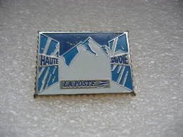 Pin's De La Poste De La Haute Savoie - Mail Services